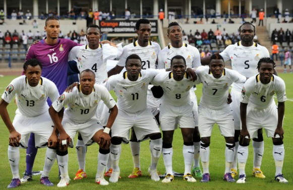 Ghana-12-PUMA-home-kit-white-white-white-line-up.jpg