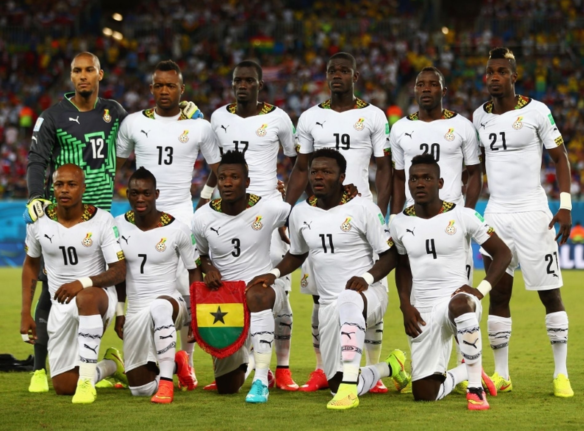 Ghana-2014-PUMA-world-cup-home-kit-white-white-white-line-up.jpg