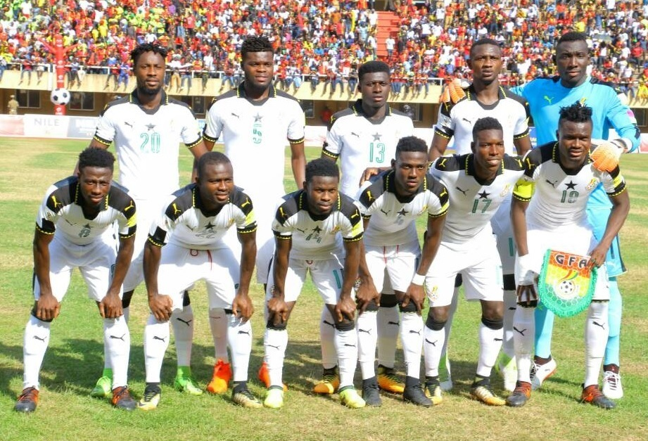 Ghana-2016-17-PUMA-home-kit-white-white-white-line-up.jpg