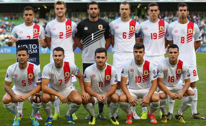 Gibraltar-13-15-Admiral-away-kit-white-white-white-line-up.jpg