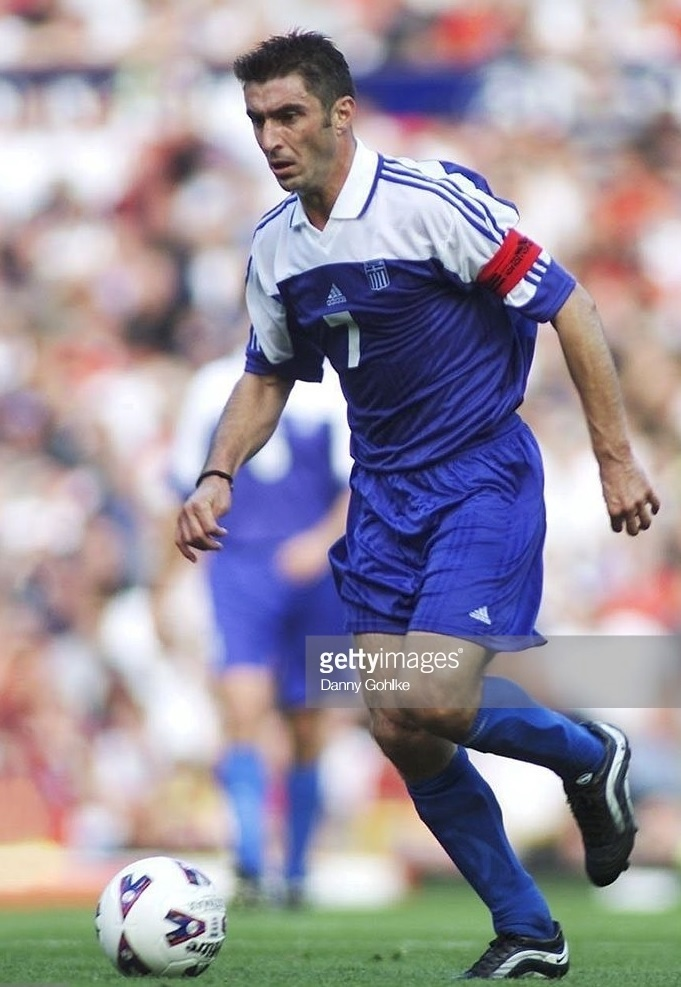 Greece-2001-adidas-home-kit-blue-blue-blue.jpg