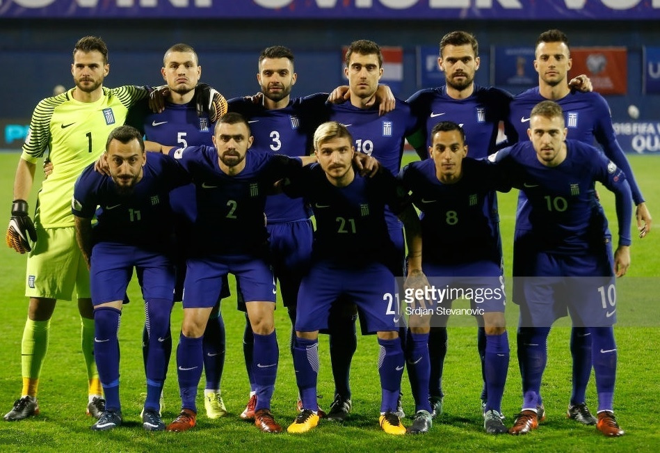 Greece-2016-17-NIKE-away-kit-blue-blue-blue-line-up.jpg