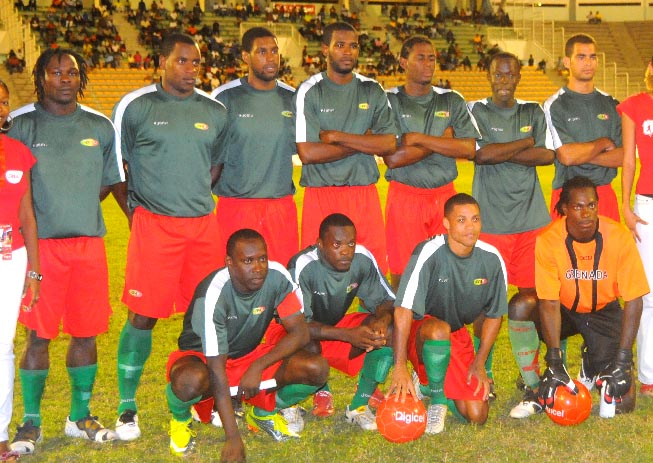 Grenada-10-Joma-away-kit-dark green-red-green-line up.JPG