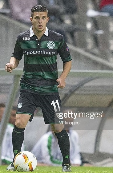 Groningen-2015-16-ROBEY-away-kit-Brian-Linssen.jpg