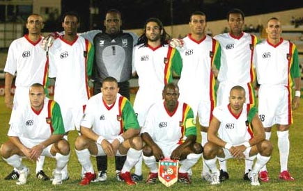 Guadeloupe-08-unknown-white-white-white-line-up.JPG