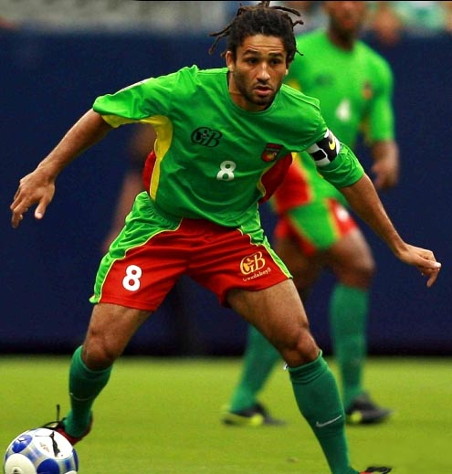 Guadeloupe-09-Gwada boyz-home-kit-green-red-green.JPG
