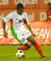 Guadeloupe-10-Gwada boyz-away-kit-white-white-red.JPG