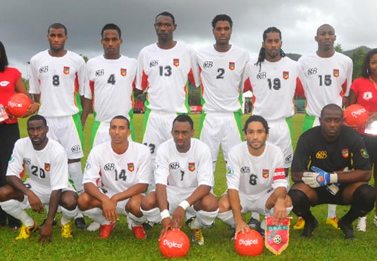 Guadeloupe-10-Gwada boyz-away-kit-white-white-white-line up.JPG