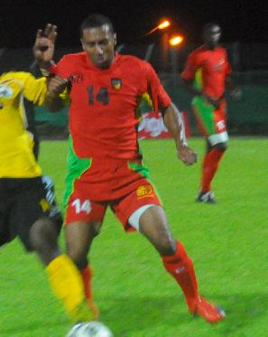 Guadeloupe-10-unknown-home-kit-red-red-red.jpg