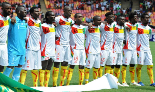 Guinea-10-11-AIRNESS-away-kit-white-white-white-yellow-rowline.jpg