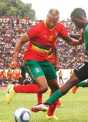 Guinea-Bissau-2016-home-kit-red-green-red.jpg