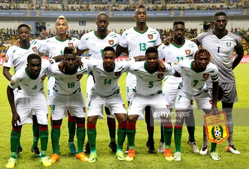 Guinea-Bissau-2017-QELEMES-third-kit-white-green-line-up.jpg