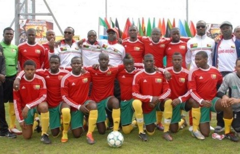 Guinea-Bissau-adidas-home-kit-red-green-yellow-line-up.jpg
