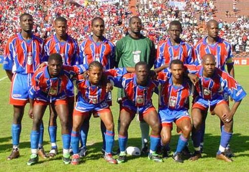 Haiti-02-SPORTS GROBE-home-kit-stripe-blue-blue-line up.JPG