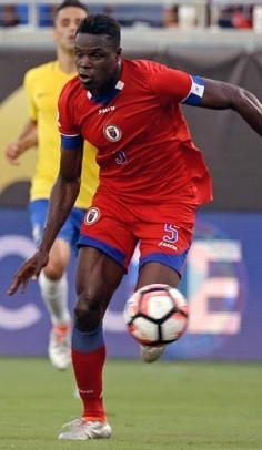 Haiti-2016-SAETA-away-kit.jpg