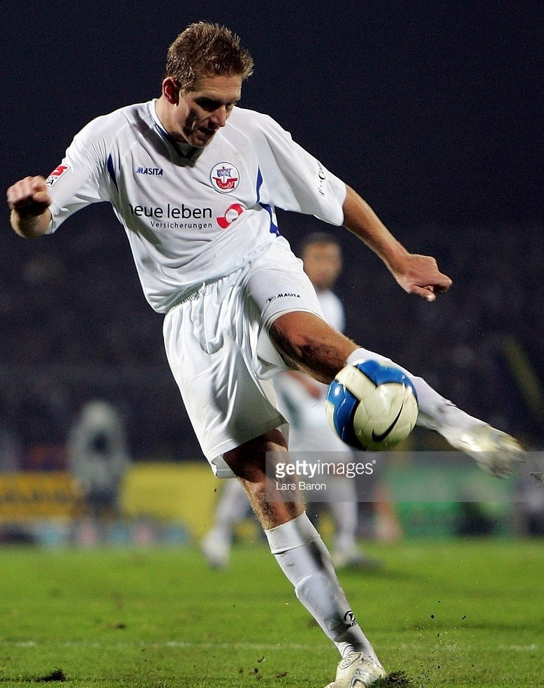 Hansa-Rostock-2006-07-MASITA-away-kit.jpg