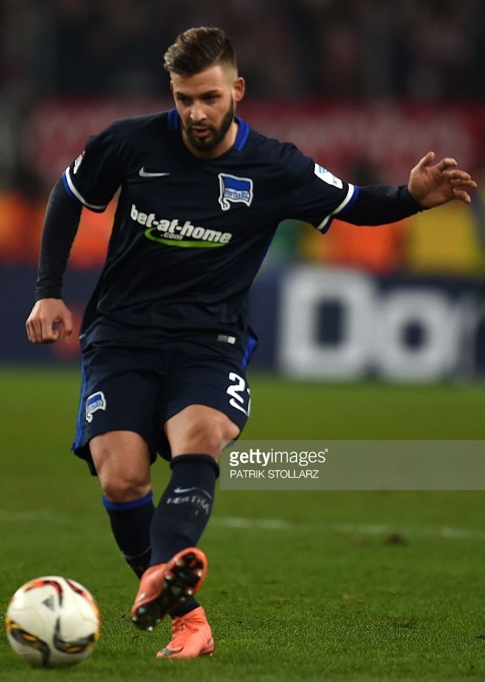 Hertha-Berlin-15-16-NIKE-away-kit.jpg