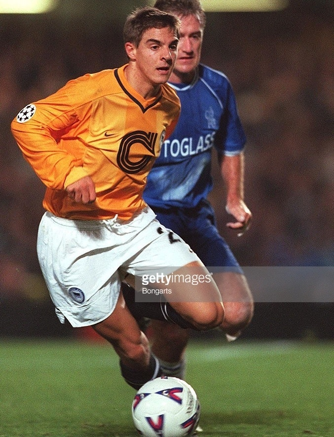 Hertha-Berlin-99-00-NIKE-away-kit-Sebastian-Deisler.jpg