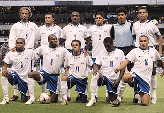 Honduras-07-09-Joma-home-kit-white-blue-white-line-up.jpg