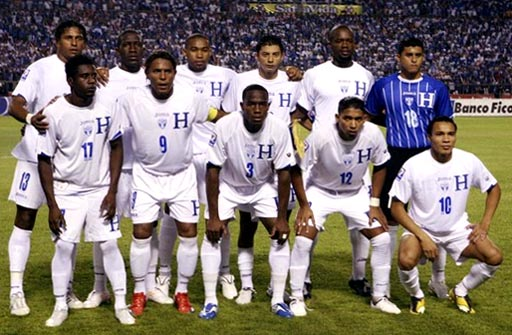 Honduras-09-10-Joma-uniform-white-white-white-group.JPG