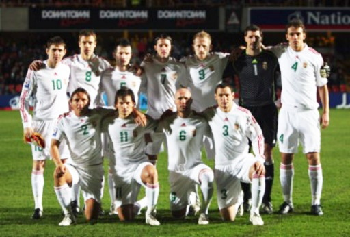 Hungary-08-09-adidas-away-white-white-white-line-up.jpg