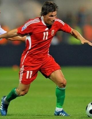 Hungary-08-09-adidas-home-red-red-green.jpg