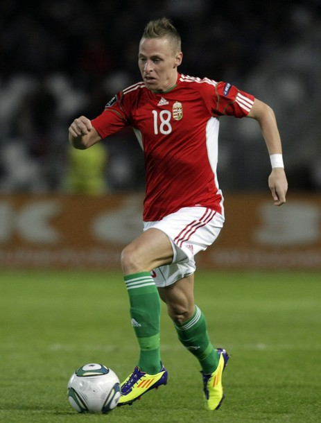 Hungary-10-11-adidas-home-kit-red-white-green-2.jpg