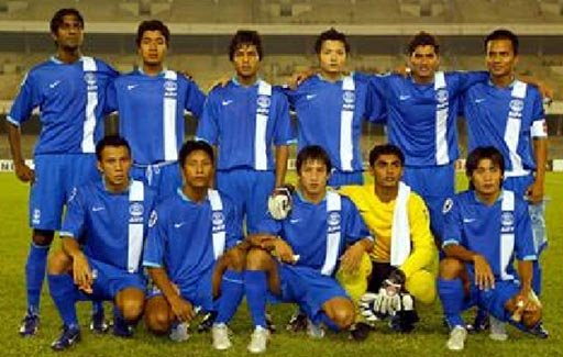 India-06-07-NIKE-home-kit-blue-blue-blue-line-up.JPG