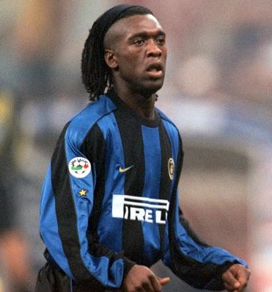 Inter-Milano-2000-2001-NIKE-first-kit-Clarence-Seedorf.jpg