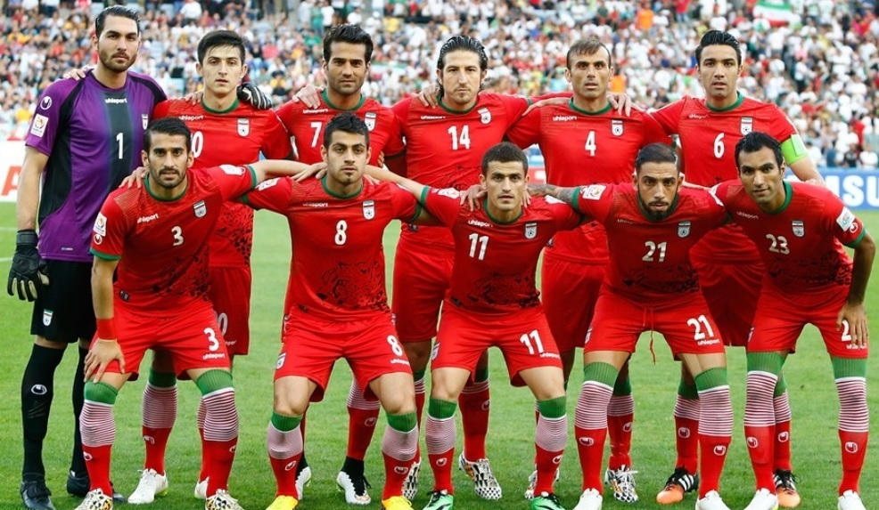 Iran-2015-uhlsport-asian-cup-away-kit-red-red-red-line-up.jpg