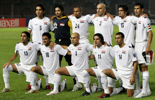 Iraq-07-UMBRO-AC-final-white-white-white-group.JPG