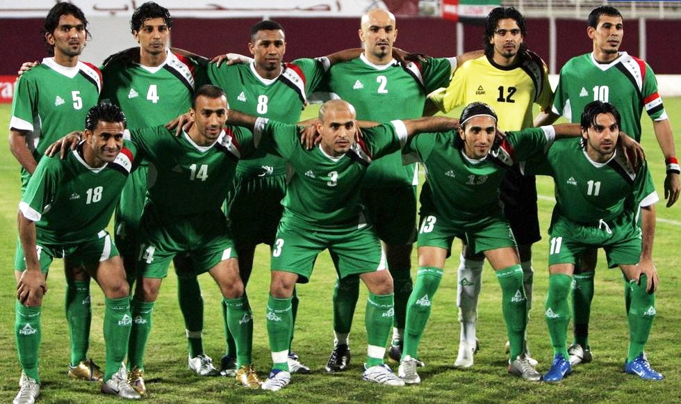 Iraq-08-PEAK-away-kit-green-green-green-line-up.jpg