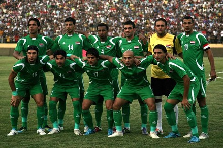 Iraq-09-PEAK-away-kit-green-green-green-pose.JPG