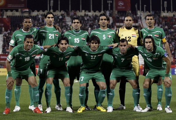 Iraq-10-11-PEAK-away-kit-green-green-green-line up.jpg