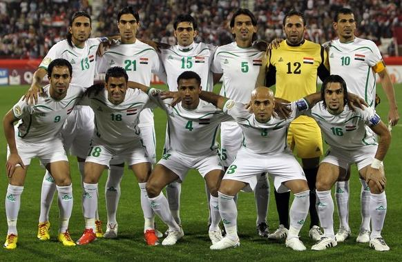 Iraq-10-11-PEAK-home-kit-white-white-white-line up.JPG