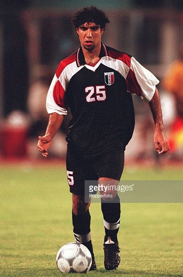 Iraq-2001-no-name-home-kit-black-black-black.jpg