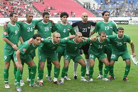 Iraq-2004-asian-cup-away-kit-green-green-green-line-up.jpg