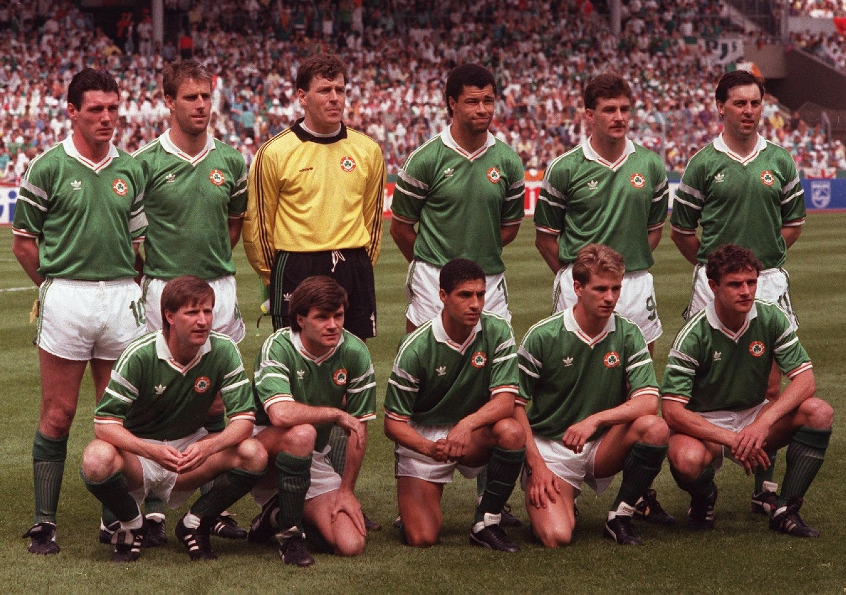 Ireland-1988-adidas-EURO-home-kit-green-white-green-line-up.jpg