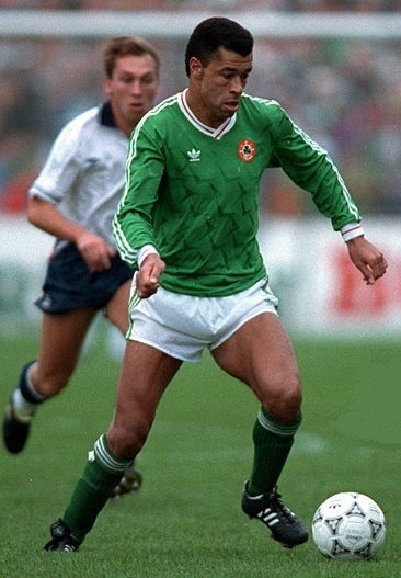 Ireland-1990-adidas-world-cup-home-kit-green-white-green.jpg