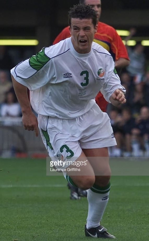 Ireland-2000-01-UMBRO-away-kit-white-white-white.jpg