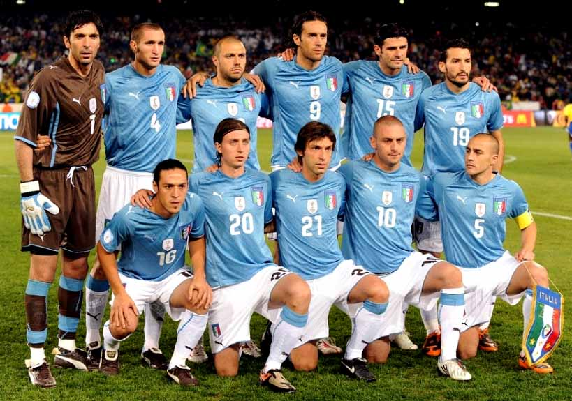 Italy-09-PUMA-uniform-light blue-white-white-group.JPG