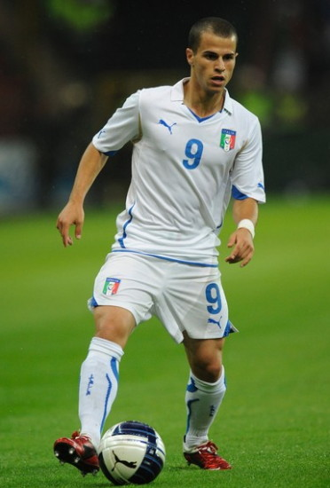 Italy-10-11-PUMA-EURO-away-kit-white-white-white.jpg