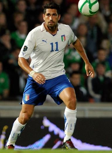 Italy-10-11-PUMA-Euro-away-kit-white-blue-white.JPG