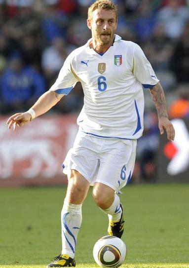 Italy-10-11-PUMA-away-kit-white-white-white.JPG