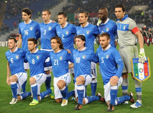 Italy-12-13-PUMA-home-kit-blue-white-blue-line-up.jpg