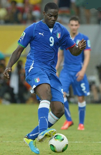 Italy-13-PUMA-confederations-cup-home-kit-blue-blue-blue.jpg