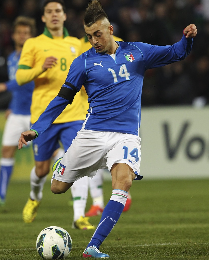 Italy-13-PUMA-confederations-cup-home-kit-blue-white-blue.jpg