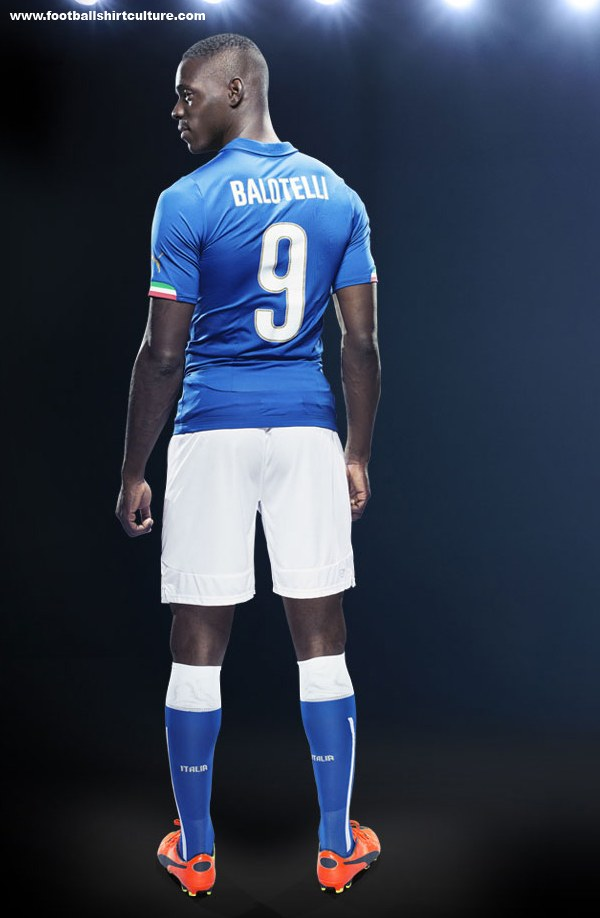 Italy-2014-PUMA-world-cup-home-kit-11.jpg