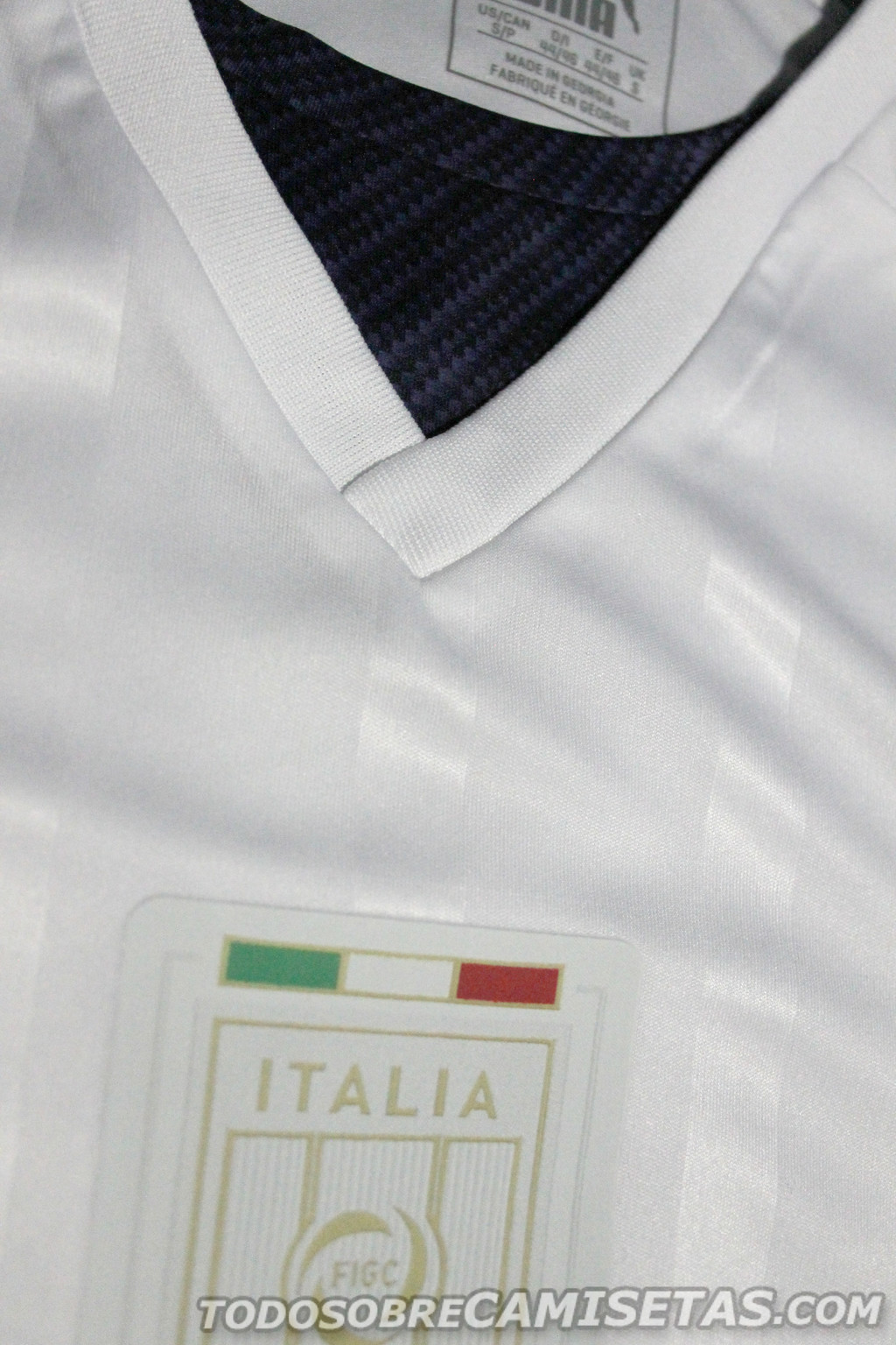 Italy-2016-PUMA-tribute-away-kit-5.jpg