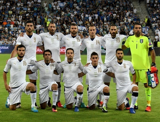 Italy-2016-PUMA-tribute-away-kit-white-white-white-line-up.jpg